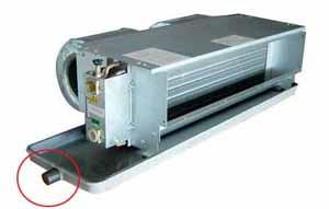 图示:中央空调风机盘管的冷凝水排水口设置在哪里?